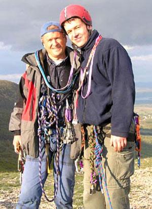 Юрий Костенко (слева) с сыном Ростиславом на Памире.