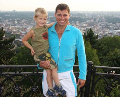 Александр Пабат со старшим сыном Алексеем.