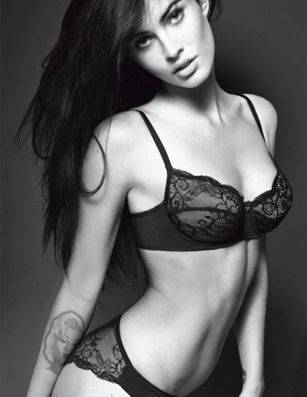 Меган Фокс (Megan Fox) стала новым лицом итальянской марки Emporio Armani Underwear