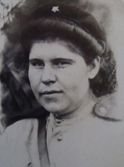 Вера Логвинова