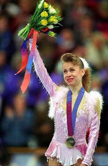 1994 год. Лиллехаммер (Норвегия). Слезы 16-летней чемпионки зимних Олимпийских игр - единственной в новейшей истории Украины.