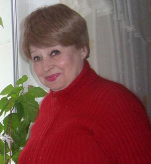 Бывший диктор Донецкой областной государственной телерадиокомпании, заслуженный работник культуры УССР Людмила Царевич
