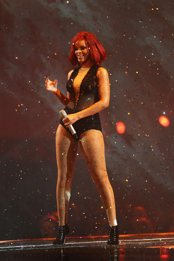 BRIT Awards-2011. Рианна