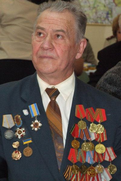 МЧС наградили ветеранов
