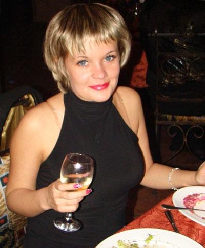 Кристина Тимофеева: Предпочитаю Интернету живое общение в клубе.