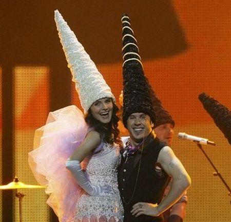 Евровидение-2011. Молдова. Zdob si Zdub