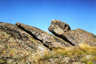Эта каменная глыба носит название Черепаха.
