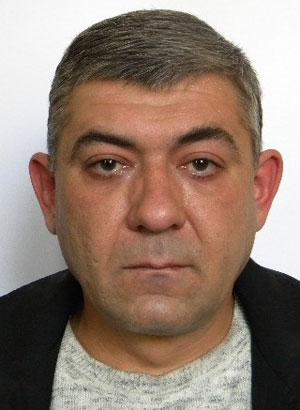 Бондаренко Александр Викторович, 43 года. Электрослесарь подземный,  энергомеханическая служба. На шахте отработал двадцать лет.