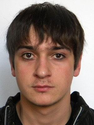 Лисовский Георгий Владимирович, 21 год. Электрослесарь подземный, энергомеханическая служба. Проработал на шахте два года.