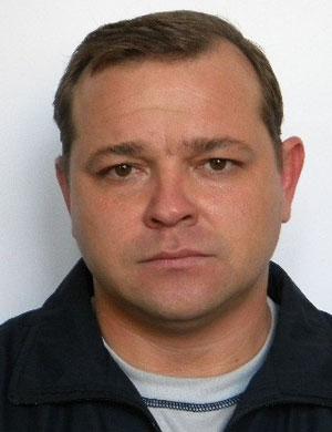 Щербань Сергей Владимирович, 40 лет. Электрослесарь подземный, энергомеханическая служба. На шахте проработал семь лет.