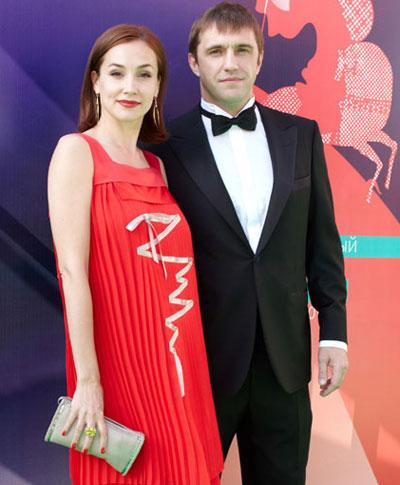 Владимир Вдовиченков с супругой Ольгой Филипповой этим летом на Московском кинофестивале.