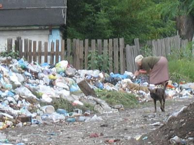 Свалка мусора в Червоногвардейском районе Макеевки. Донбасс