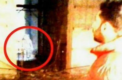 Девочка-призрак в музее Неаполя.