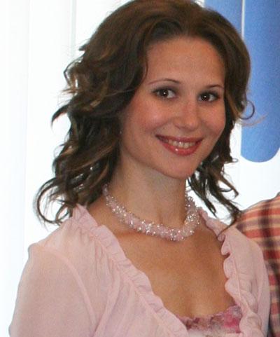 Используя природные косметические средства, не забывайте об оптимизме, ведь улыбка омолаживает женщину, - советует Ольга Бондарь