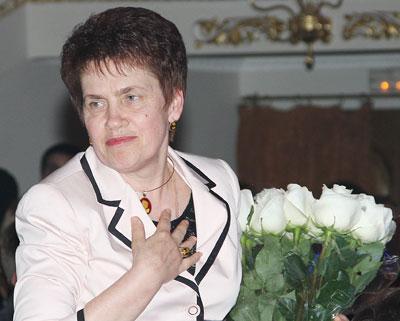В душе я - несостоявшийся учитель! - уверяет Людмила Янукович.