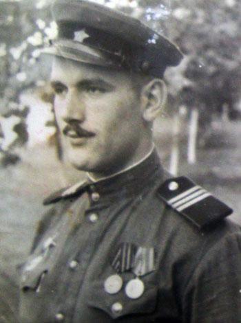 Владимир Константинович Шелудько во время службы на Северном Кавказе.