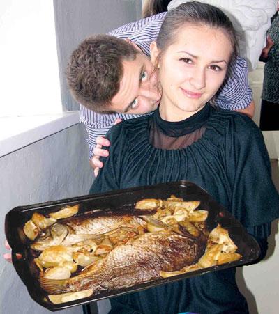 Рыбой в стиле Фукури любой вампир будет сыт, уверена Татьяна. Виталий Чипельников в роли Эдварда подтверждает это.
