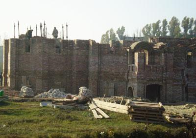 Строительство Свято-Преображенского храма идет медленно: не хватает средств.