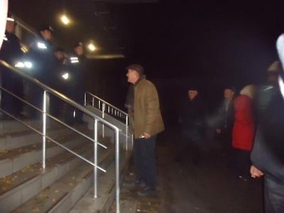 Разгон протестующих в Донецке чернобыльцев