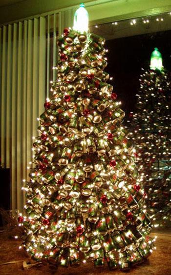 Новогодняя елка из банок