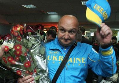 Дмитрий Сосновский был признан АИБА Тренером года.