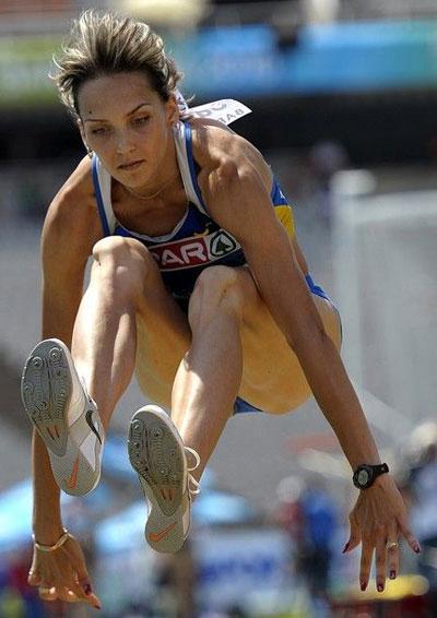 Ольга Саладуха запрыгнула на первое место с первой же попытки.