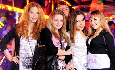 Студенты ДонНАСА устраивают тематические вечеринки в ночных клубах.