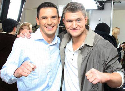 Виктор Романченко и Алексей Кузнецов - обладатели сильных рук и голосов.
