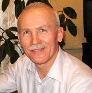Начальник отдела культуры и туризма Артемовской райгосадминистрации Александр Кучер служил в войсках ПВО радистом.