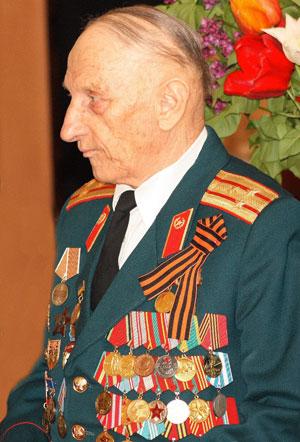 Чего только не было в армейской жизни мариупольского полковника Виталия Зарубина: служба на Севере, боевые действия в Гвинее.