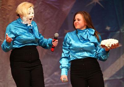 Луганские студентки Юля Наняк и Вика Скнарина показали, что женские мечты бывают жестокими.