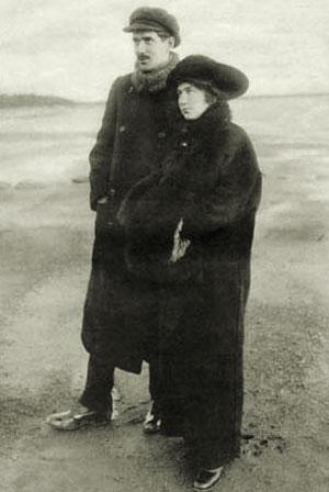 Корней Чуковский с женой Марией Борисовной. 1910-е годы.