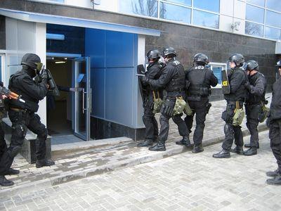 Спецназ готовится к Евро