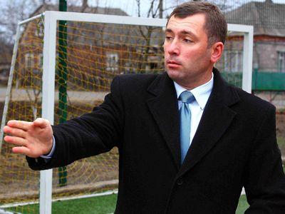 Олег Сидоренко:  «В 2012 году мы построили мини-футбольное поле, осуществив тем самым давнюю мечту детей».