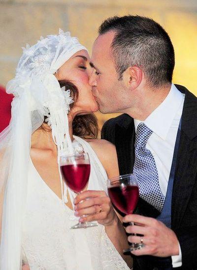 Андреас Иньеста женился