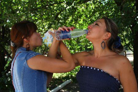 Да! В жару лучше всего - «кисляк» и вода!