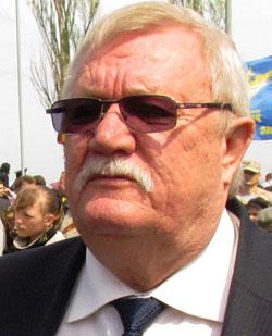 Мэр Тореза Виктор Антонов