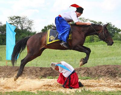 Кульминацией фестиваля журналистов стало посещение казачьей заставы и представления конного театра имени Ивана Сирка.