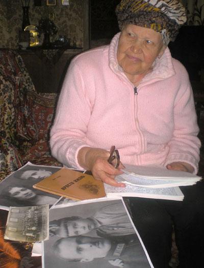 Благодаря Донбассу Анна Скляр узнала, что главный врач ее санитарного поезда прожил в Пскове долгую жизнь. Жаль, что им не довелось пообщаться после войны. У всех - свои проблемы!