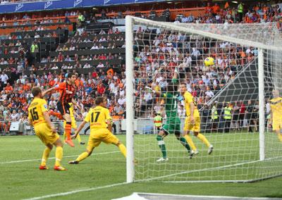 Генрих Мхитарян забил гол и сделал две голевые передачи.