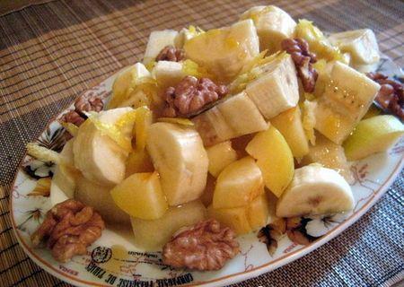 Дынный десерт с бананами