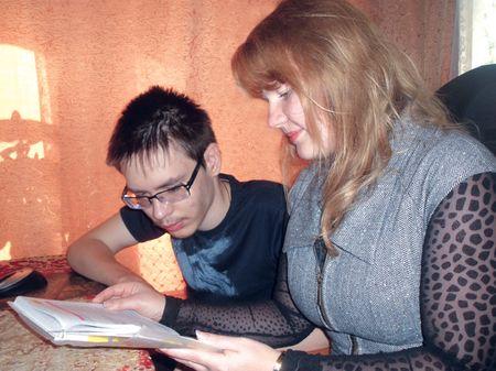 Юлия Захарченко любит заниматься  с Алексеем Колмаковым - он очень внимательный и целеустремлённый ученик!