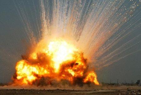 2 июля на космодроме Байконур в Казахстане через минуту после старта взорвалась  ракета-носитель «Протон-М» с тремя  космическими аппаратами «Глонасс-М».  Она упала в 2,5 км от стартового комплекса.  В последние годы российская космическая  отрасль потерпела немало неудач.