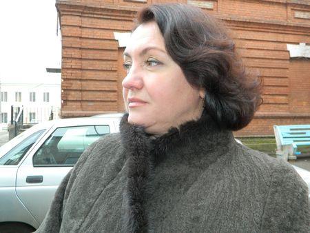 Людмила Драгунова больше  на суженного не гадала, но одна не осталась: любимый в её жизни появился  и без волшебства.