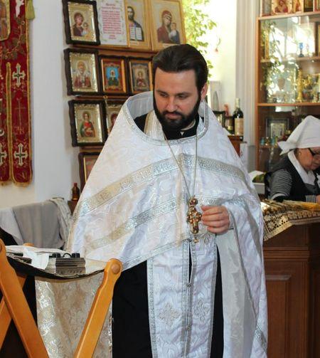 Протоиерей Ростислав Карпусь уверен, что каждый должен полагаться не только  на молитву, но и на себя.