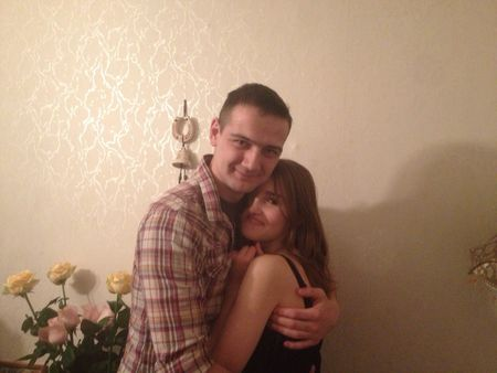 Давайте сообща пожелаем  Юрию Алексеенкову  и Вике Степшеной победить болезнь девушки и поехать в Париж!