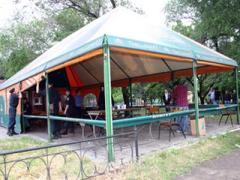 В Мариуполе ликвидируют пивные палатки (ФОТО)
