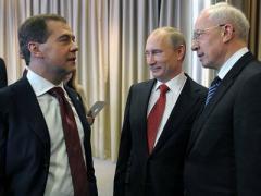 Встречу Азарова с Медведевым перенесли из Донецка в Киев