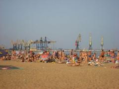 В Мариуполе закрыты два пляжа