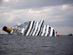 """""""Черный ящик"""" затонувшего лайнера """"Коста Конкордиа"""": """"Роберто, я облажался!"""""""